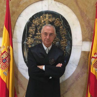 Profesor Alberto Atanes
