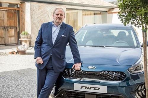 En dos o tres años podremos alcanzar unas ventas anuales de 100.000 coches electrificados en España.